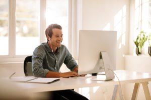 person søker refinansiering online